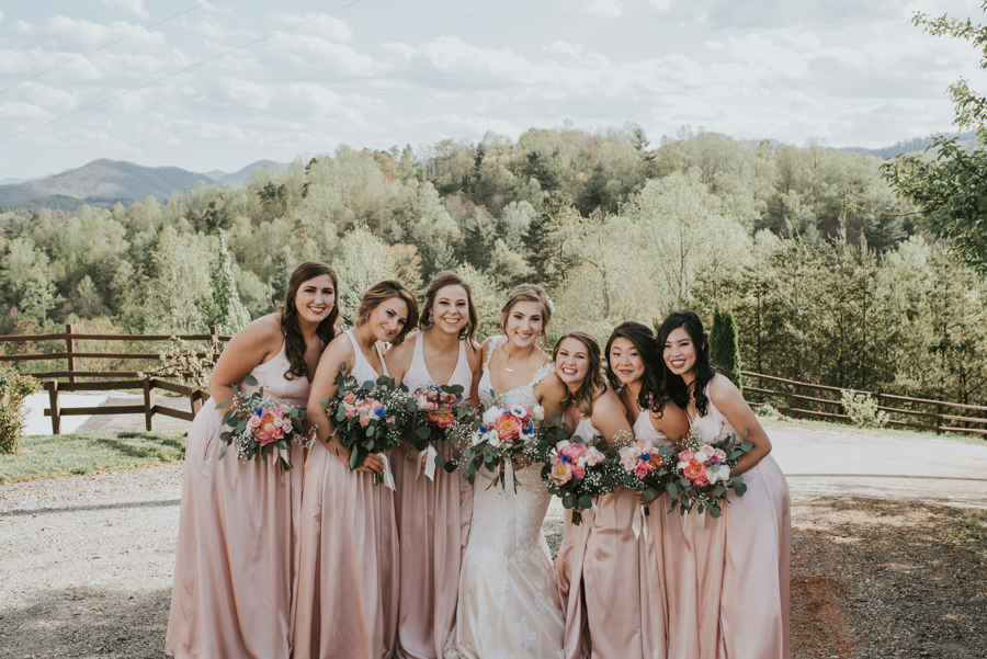 Happy Friday Longleaf Vineyard Bride and Bridesmaids